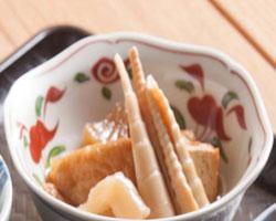 富山の食卓に春を呼ぶ、筍とすすたけの味噌煮